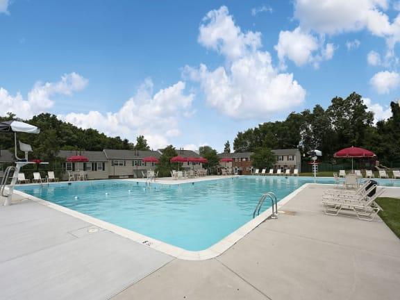 Seven Oaks Townhomes swimming pool
