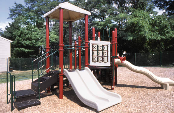Seven Oaks Townhomes playground
