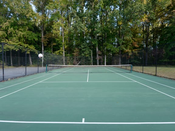 Tennis Court at Woodsdale Apartments, Abingdon, 21009