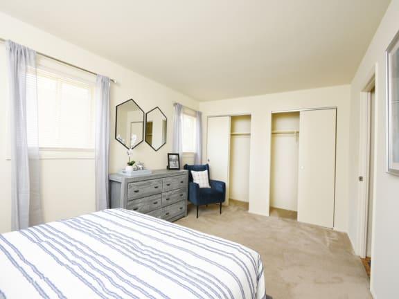 Large closet space at Arbuta Arms Apartments