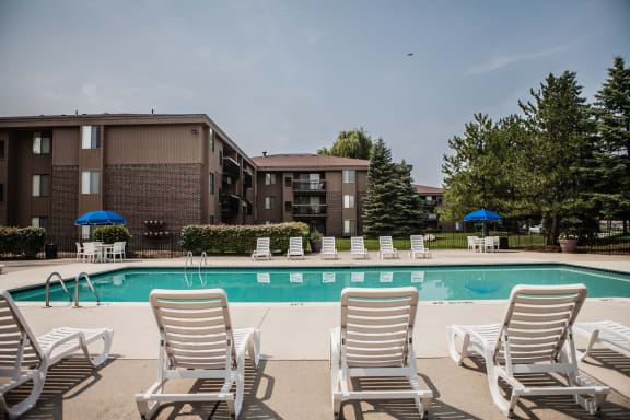 Sparkling Swimming Pool at Clubhouse Lakeside Village Apartments, 48038