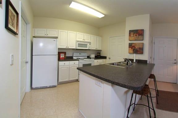 greystone-creekwood-kitchen