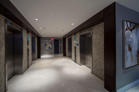 elevators apartments on richmond ave