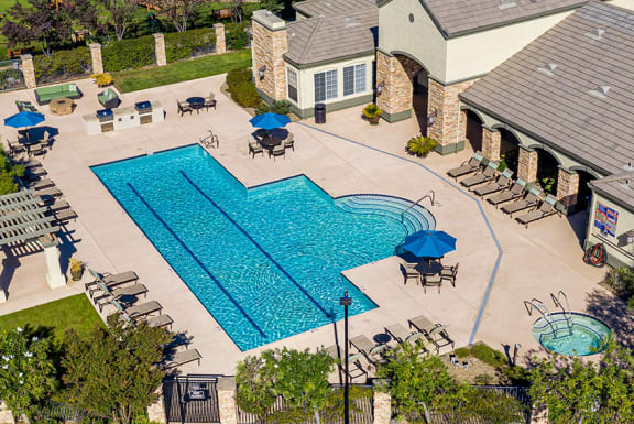 Willow Springs heated swimming pool with spa