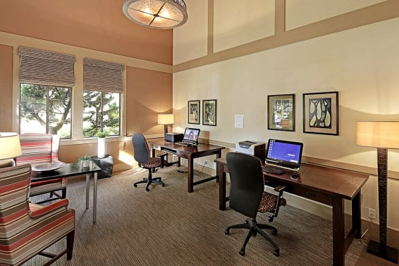 Business Center with High Speed Internet at Copper Ridge Apartments, Renton, WA