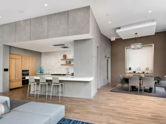 Kitchen with Breakfast Bar at Moment, Chicago