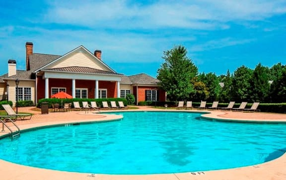 Beautiful Swimming Pool at Veranda property LLC, Lawrenceville