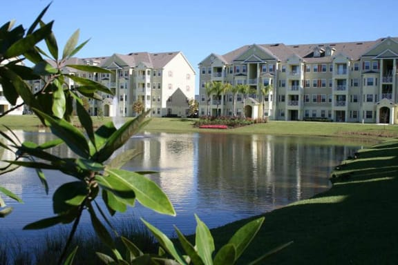 Tranquil living at Cane Island