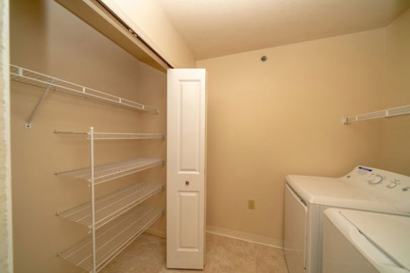 Townhome Laundry Room with Washer/Dryer at Autumn Lakes Apartments and Townhomes in Mishawaka, IN