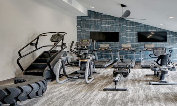 24 Hour Fitness Center at Willow Crossing, Elk Grove Village, Illinois