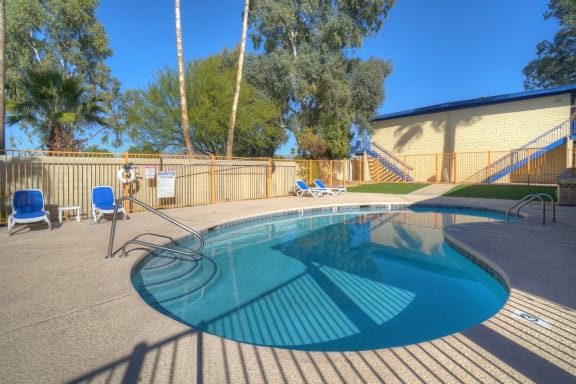 Pool & pool patio at University Manor Apartments in Tucson, AZ