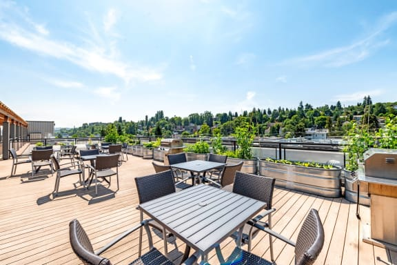 Spacious Rooftop Deck and BBQ at The Corydon, Seattle, WA