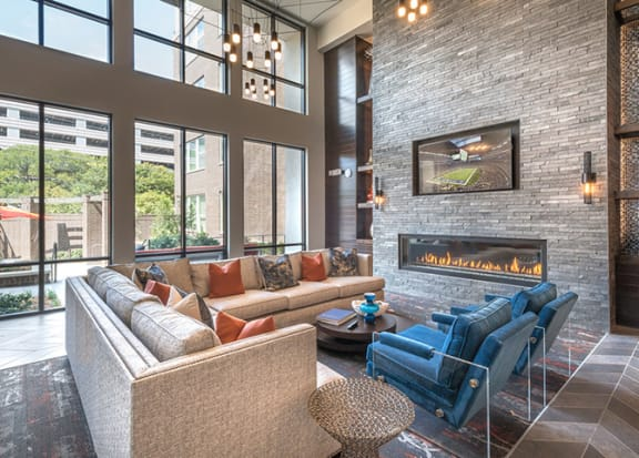 Two-Story Resident Lounge at Windsor by the Galleria, Texas