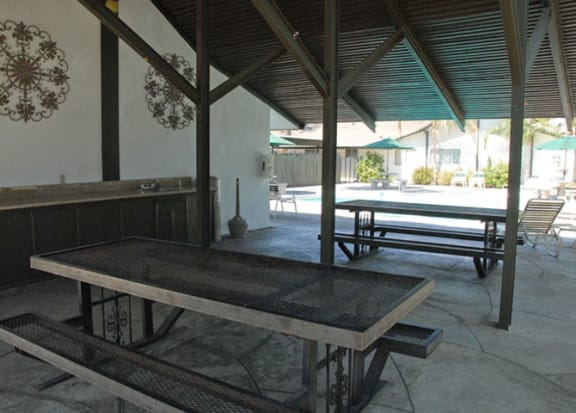 BBQ Picnic Area at Reef Apartments, Fresno