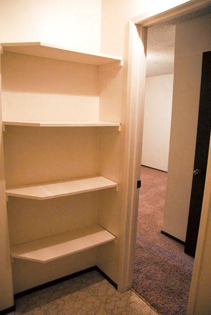 Built-In Shelving In Closet at Scottsmen Apartments, Clovis, 93612
