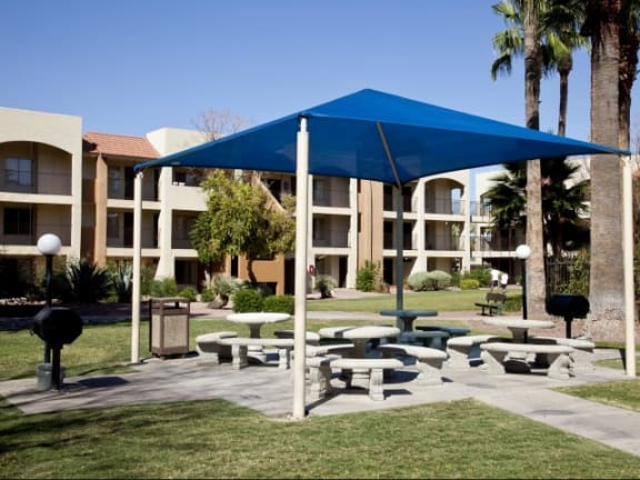 Community Ramada at Casa Bella Apartments in Tucson, AZ