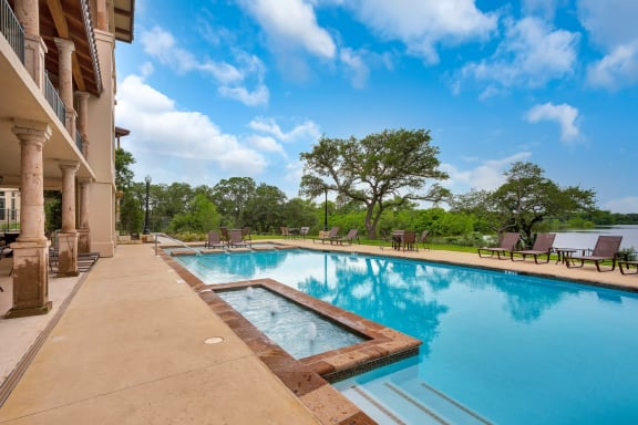 luxury apartments in cedar park with pool