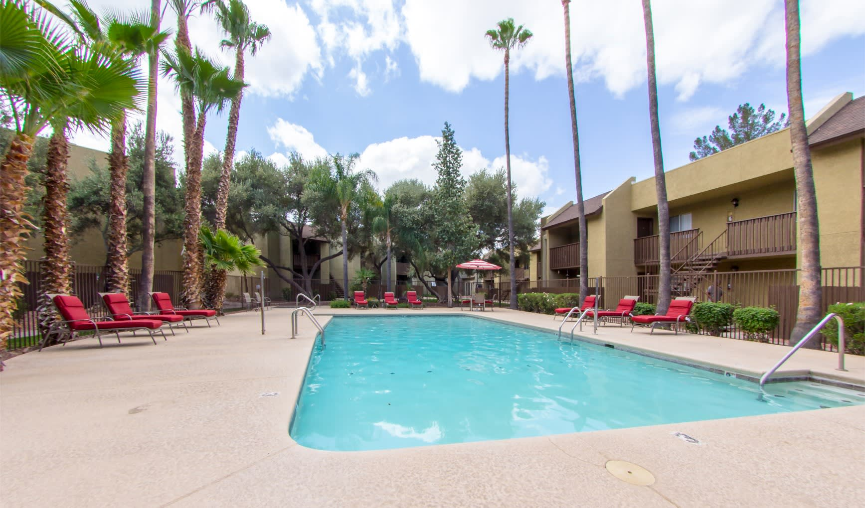 Pool & Pool Patio at River Oaks Apartments in Tucson, AZ