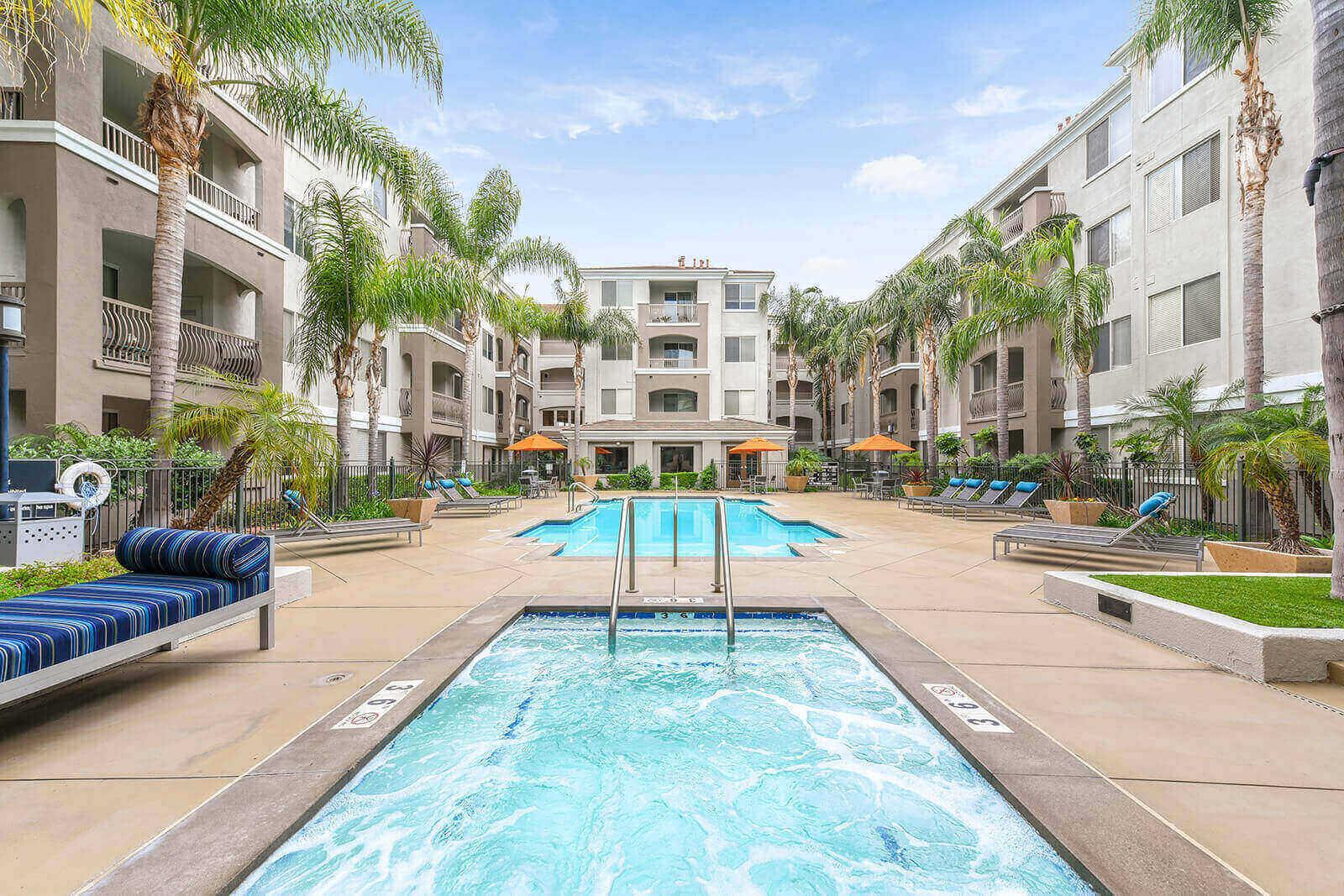 Spa and pool at Windsor at Main Place, CA, 92868