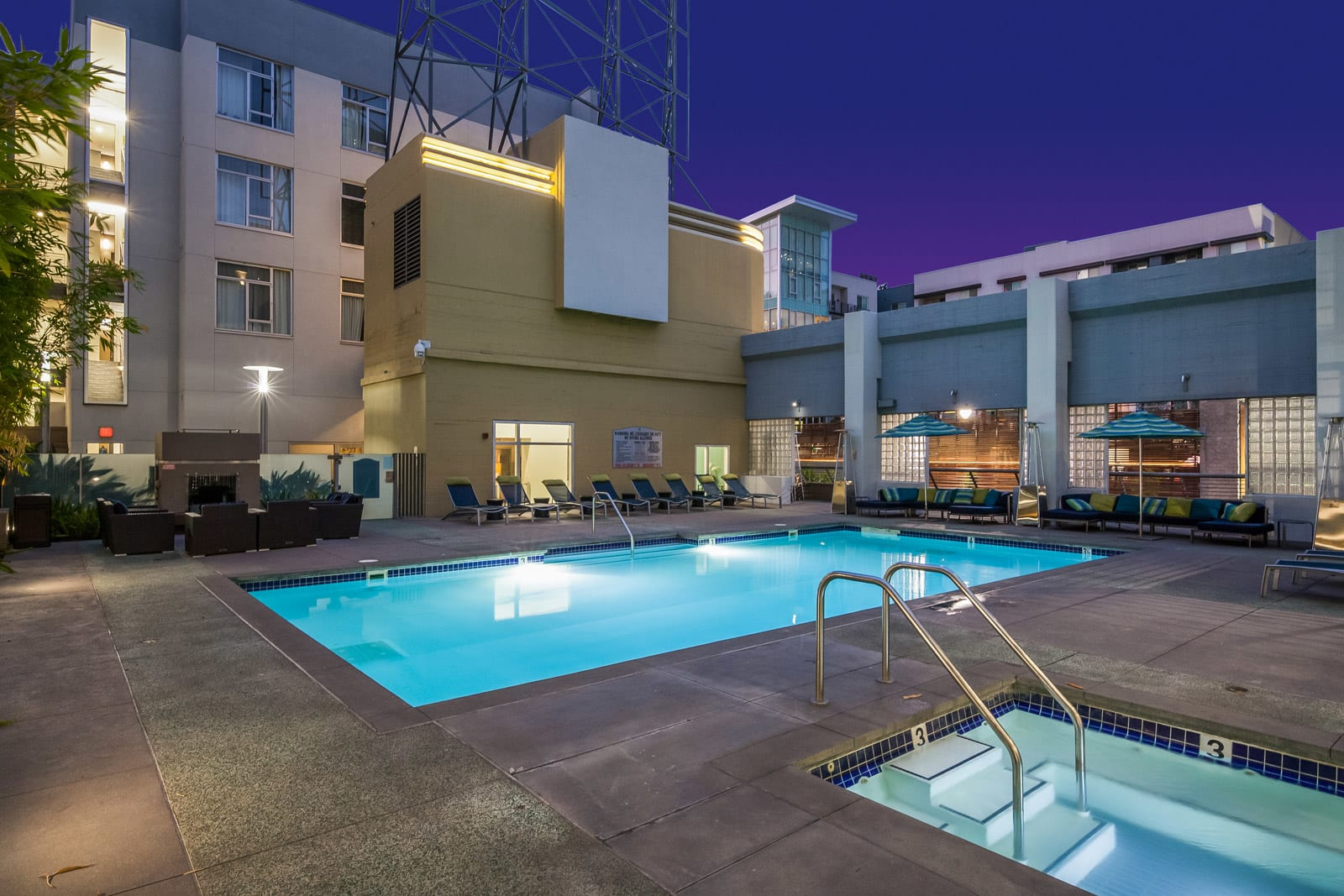 Relaxing Pool & Jacuzzi at Sunset and Vine, California, 90028