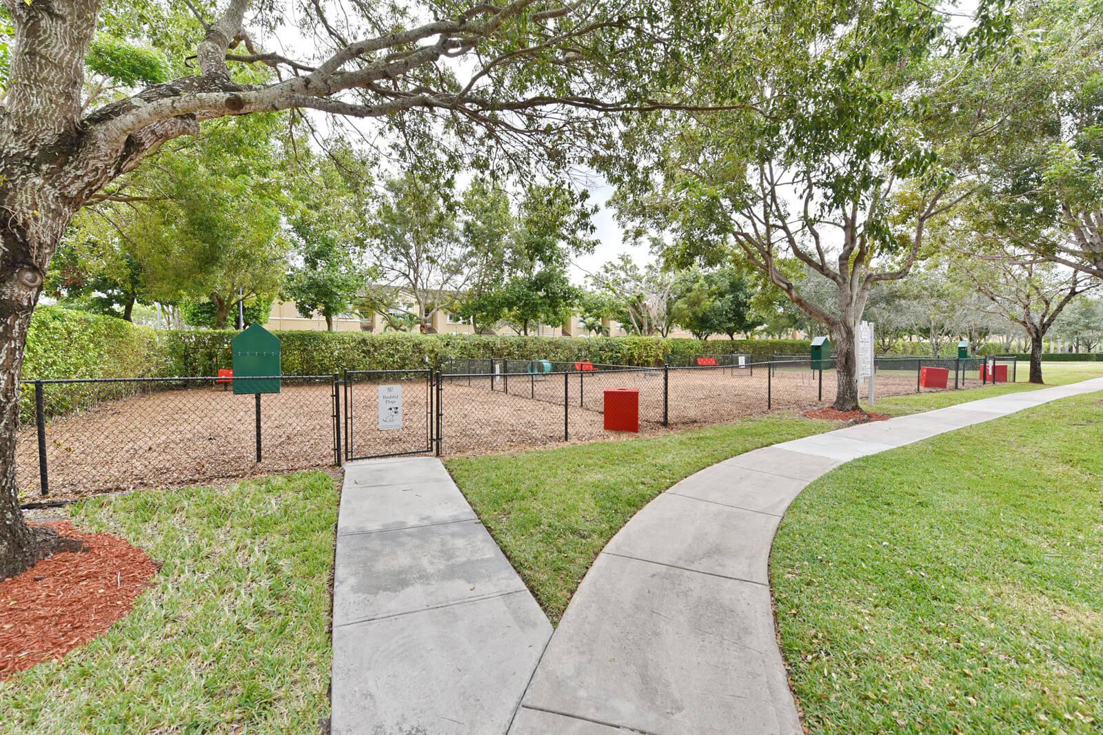 On-Site Pet Park at Windsor at Miramar, Miramar, FL