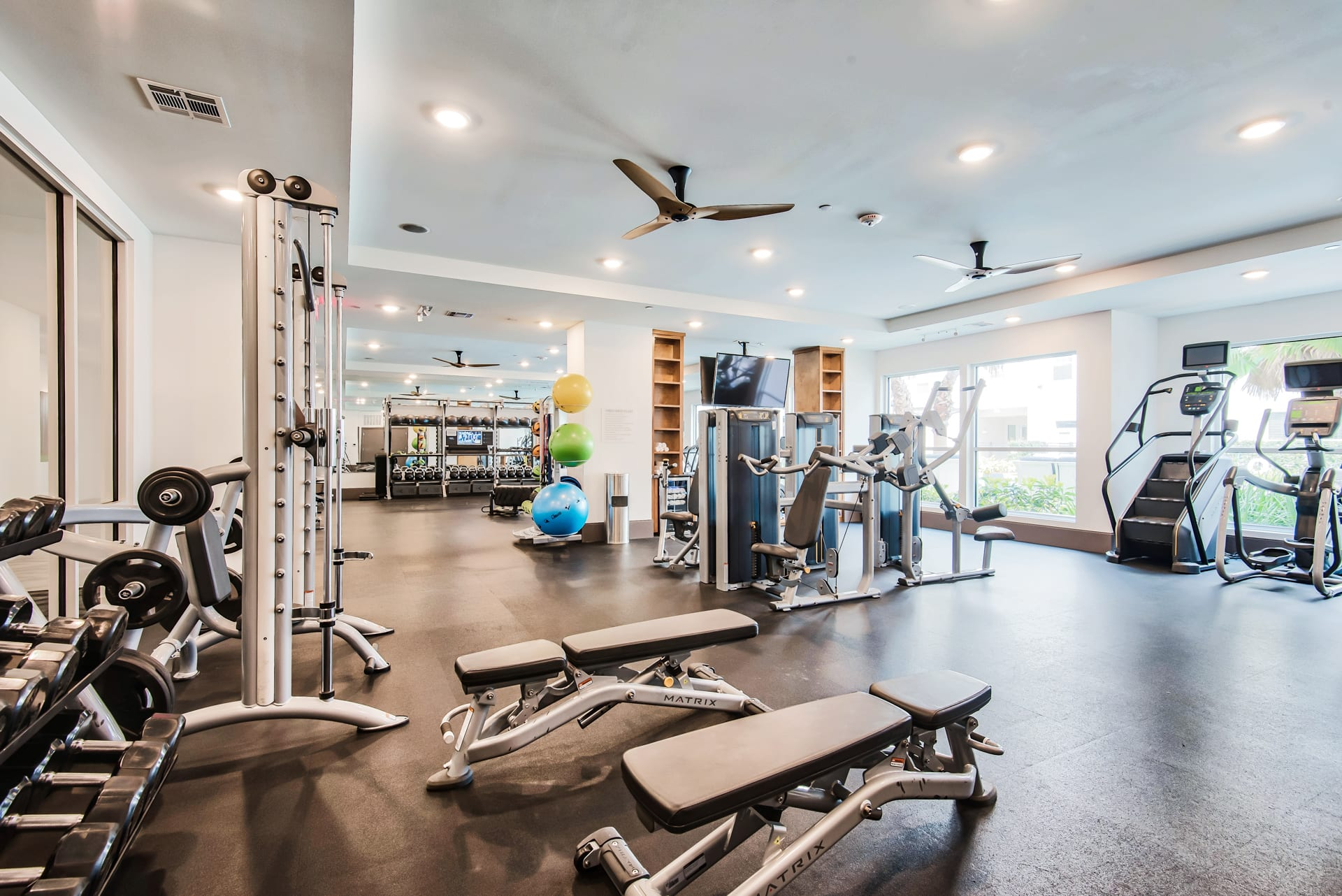 Fitness center at Windsor Shepherd, TX, 77007