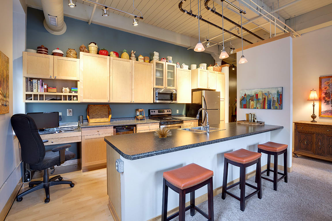 Lowertown Lofts Apartments in St. Paul, MN Kitchen