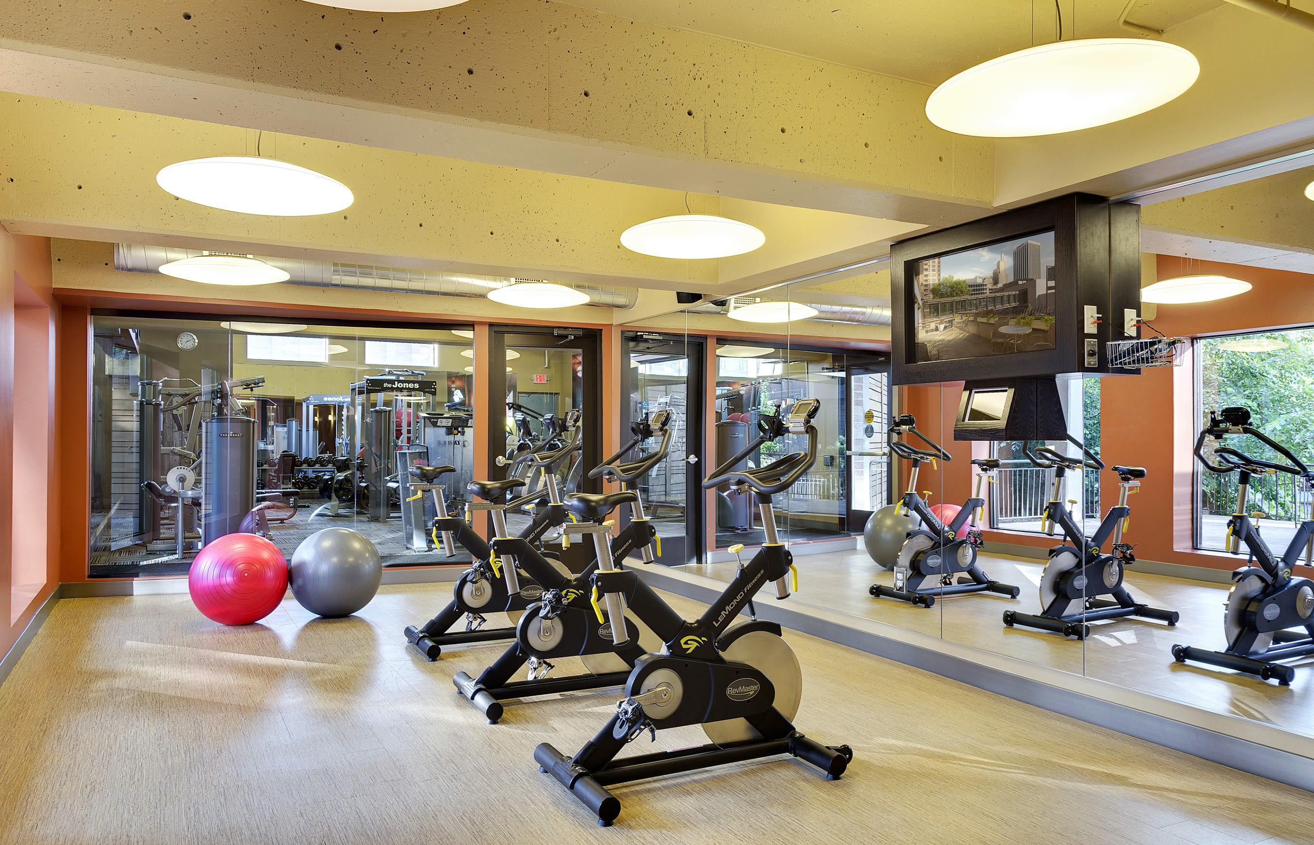 Mears Park Place Apartments in Saint Paul, MN Fitness Center