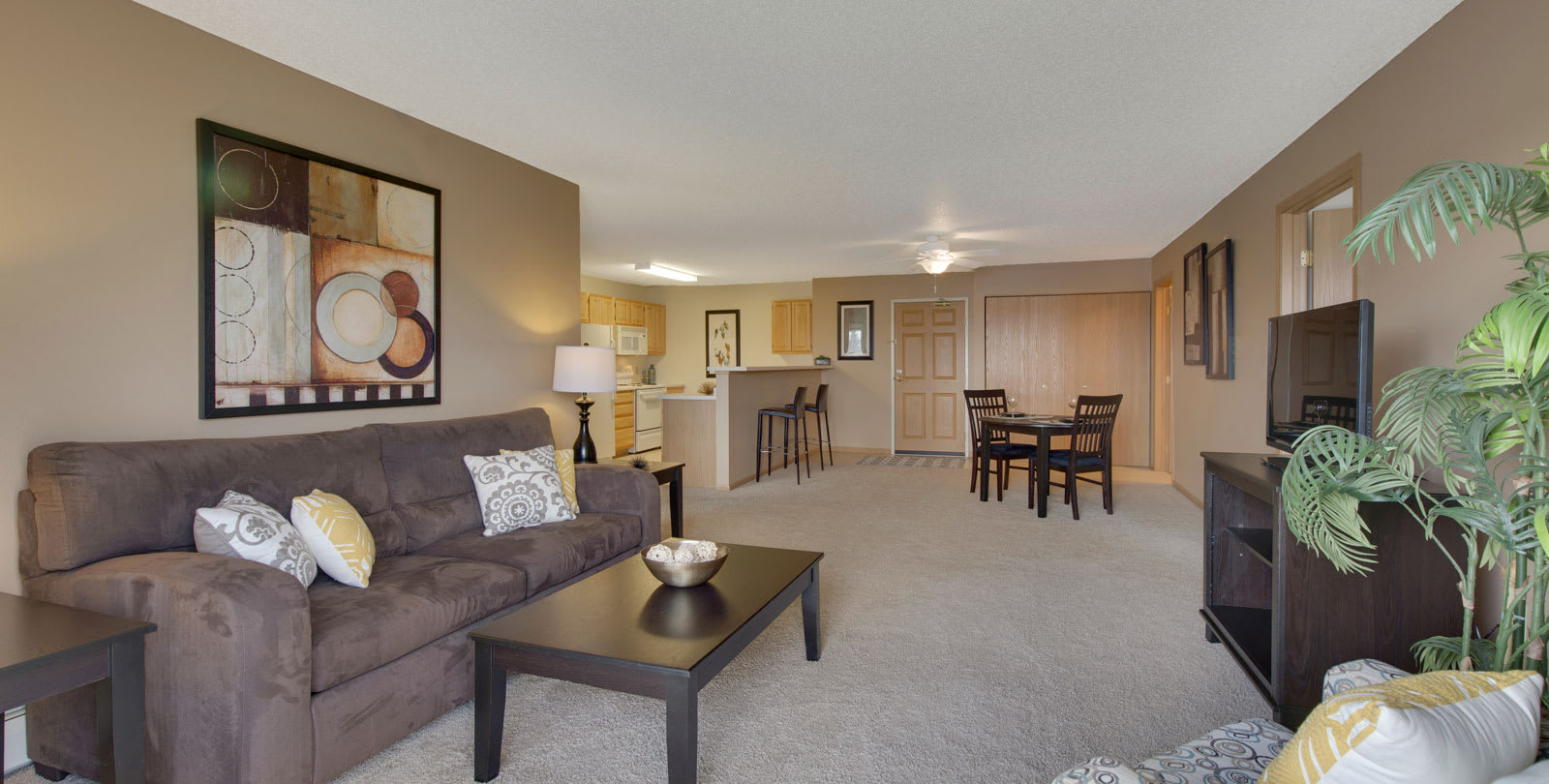The Preserve at Commerce Apartments in Rogers, MN Living Room