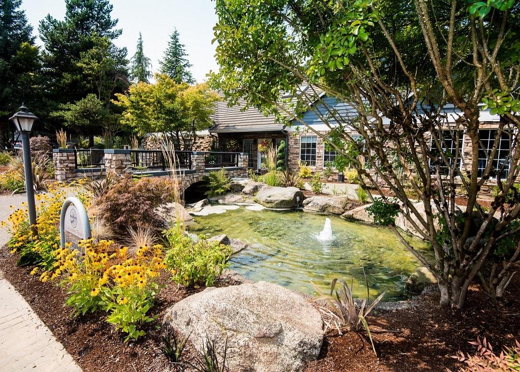 Clackamas Trails Clubhouse Exterior & Fountain