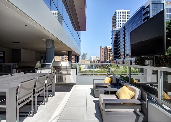 Grilling Station With Television at 640 North Wells, Chicago, IL, 60654