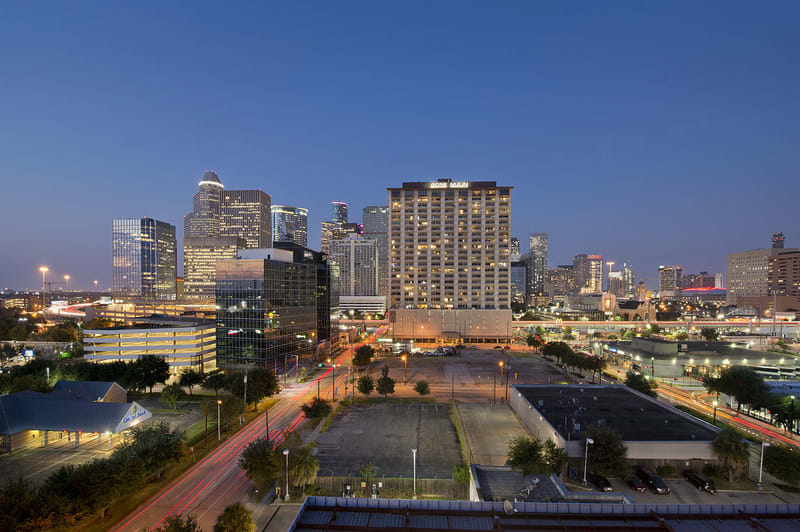 Minutes from Downtown and Houston Medical Center at Midtown Houston by Windsor, Houston, TX 77002