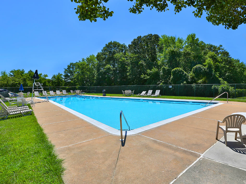 Chapel Valley Townhomes Pool