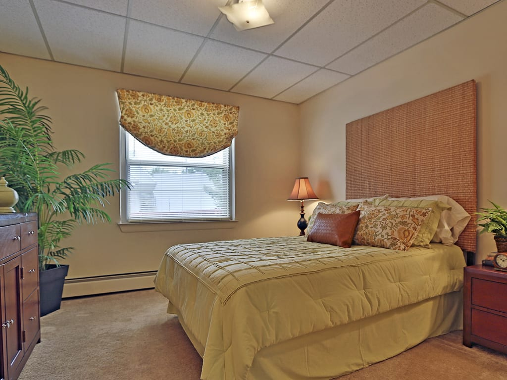One bedroom at Loch Bend Apartments