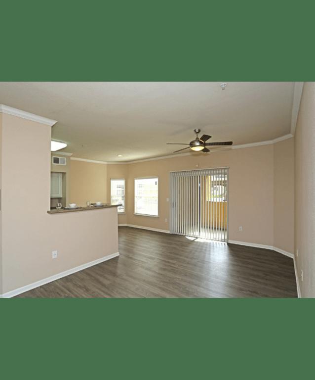 Dining Room l Oak Brook Apartments in Rancho Cordova CA