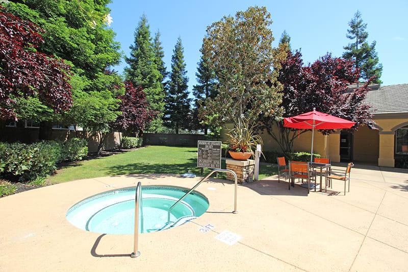 Spa l Oak Brook Apartments in Rancho Cordova CA