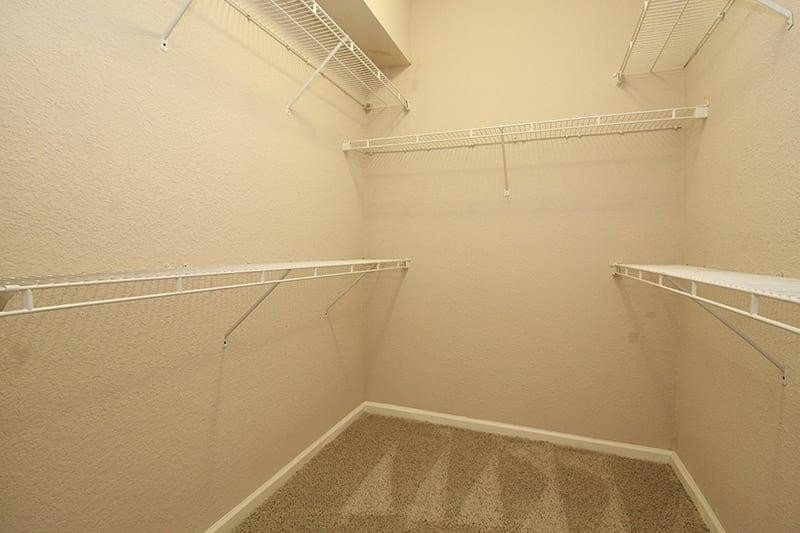 walk in closet l Oak Brook Apartments in Rancho Cordova CA