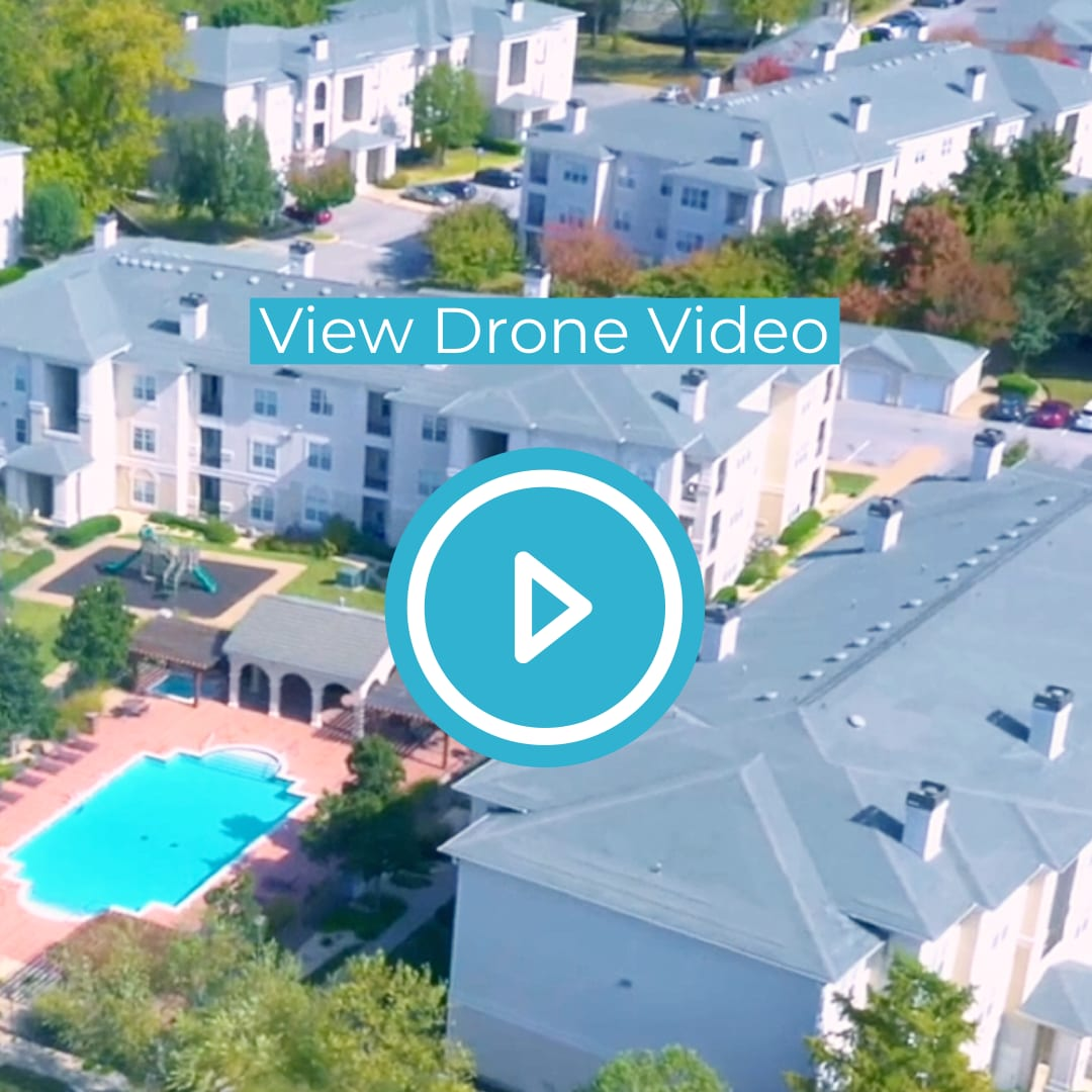 Overhead drone video of Estancia Apartments in South Tulsa, OK, For Rent. Now leasing 1, 2 and 3 bedroom apartments.