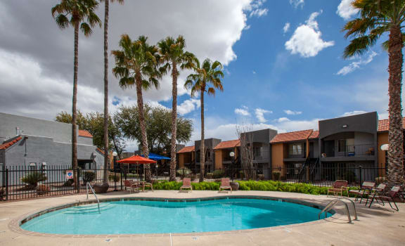 Pool pool patio at Casa Bella Apartments in Tucson AZ 4-2020