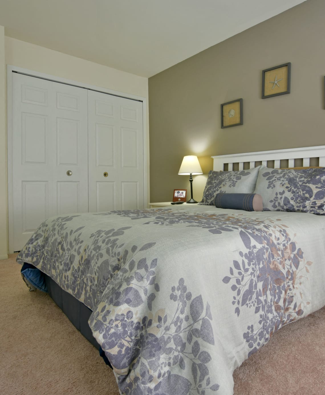 Bedroom with Large Closet at Sycamore Creek Apartments, Orion, MI