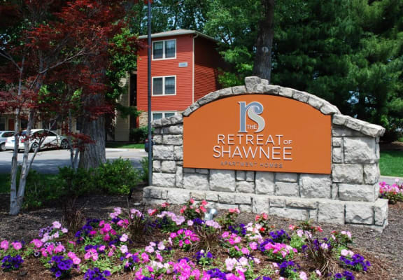 The Retreat Of Shawnee Monument Sign