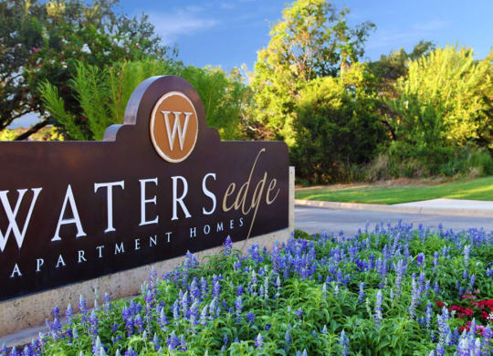 Waters Edge Apartments in Georgetown TX