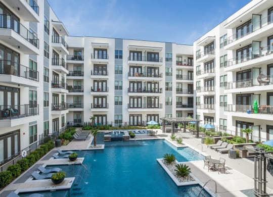 Luxury Apartment Homes Available at Windsor CityLine, 1250 Hunt Street, Richardson