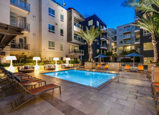 Luxury Apartments Available at South Park by Windsor, 939 South Hill Street, Los Angeles