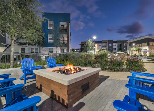 Comfortable Apartments with Thoughtful Amenities at Windsor Republic Place, Austin, TX