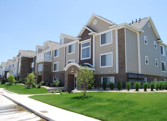 One and Two Bedroom Apartment Homes at Hunters Pond Apartment Homes, Champaign