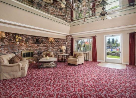 Posh Resident Lounge at Scottsmen Too Apartments, Clovis, CA