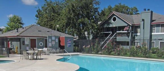 Lodi Ca l Lakeshore Meadows and Garden | Apartments | Pool