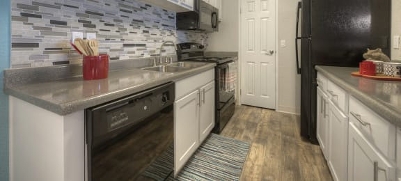 Fully Furnished Kitchen at Vizcaya Hilltop Apartments, Nevada