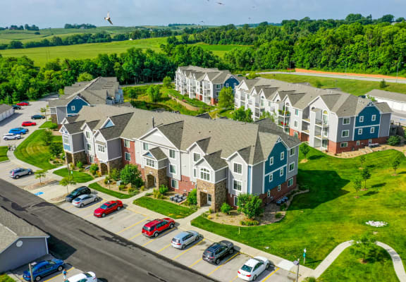 Green Surroundings at Colonial Pointe at Fairview Apartments, Bellevue, NE